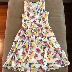 Banana republic fit and flare floral dress
